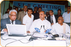 Mr. BITRA, M.D, BITRA NET PVT LTD., with Hon'ble. Chief Minister Dr. Y.S. Raja Sekhara Reddy SLBC Website Opening At Jubilee Hall - www.slbc.in